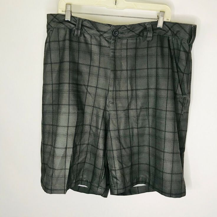 d084bc4a80 Reebok Golf Shorts Mens Size 40 Black Gray Plaid No Roll Waistband Elastic  #Reebok #FlatFront #Casual | Athletic wear in 2019 | Athletic wear, ...