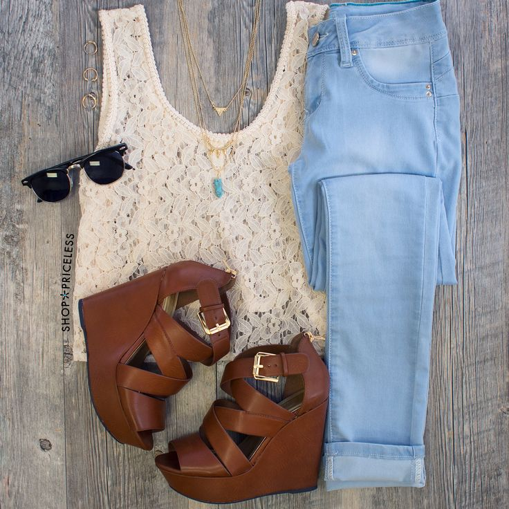 Casual outfit spring white t-shirt, blue jeans, black sunglasses, gold necklace