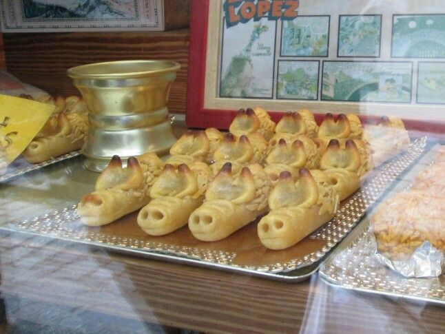 spain, camprodon - christmas porquetes piggy pasteries