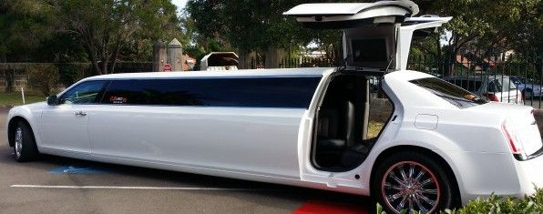 Wedding Limousines hire , Wedding car hire, Limo Hummers BOOK NOW 0433 355 558 WELCOME TO OUR A1 LIMOUSINE SYDNEY Wedding Car Hire – Super Stretch Limos Hummer -Super Stretch Chrysler Limousines- Sydney Wedding Hire Cars , School Formals