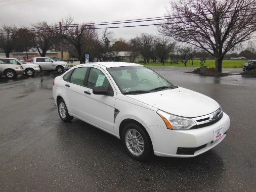 Come to Highway Motors in Chico for a great used car like this 2008 Ford Focus SE Sedan. BUY HERE. PAY HERE. EASY FINANCING.