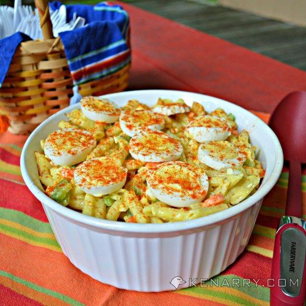 Easy Macaroni Salad: Classic Summer Potluck   – Salads