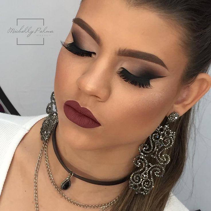 Makeup Courses   Maringá - Brazil  MiPalmaMakeup  michellypalmamakeup@gmail.com ☎ +55 (44) 9918-1010/3228-7862