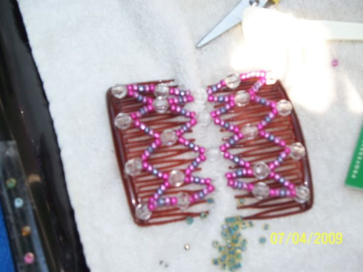 Directions to make beaded double hair combs by Jim & Sue - Forums - Beading Daily