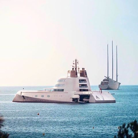 1 owner, 2 yachts http://bit.ly/2mzmtYc  #billionaire #monaco #cannes #luxurylifestyle #luxurytravel #millionaire #life #love #fashion