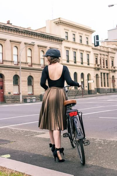 Yakkay Paris Oilskin Bike Helmet via @findingfemme