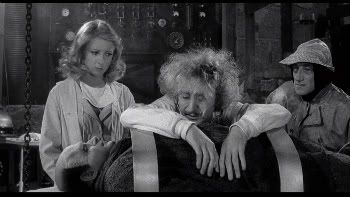 large20young20frankenstein20blu-ray4-1.jpg Photo:  This Photo was uploaded by sullypython. Find other large20young20frankenstein20blu-ray4-1.jpg pictures...