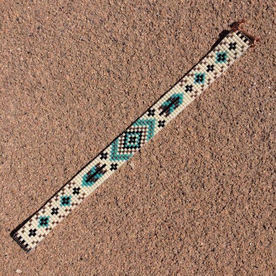 Plumes turquoise perle Loom Bracelet bohémien Boho par PuebloAndCo