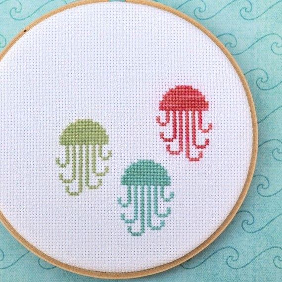 Cross stitch jellyfish: Crosses Stitches Pattern, Crafts Ideas, Counted Cross Stitches, Crosses Stitches Jellyfish, Crafts Embroidery, Counting Crosses Stitches, Jellyfish Counting, Cross Stitch Patterns, Jelly Fish