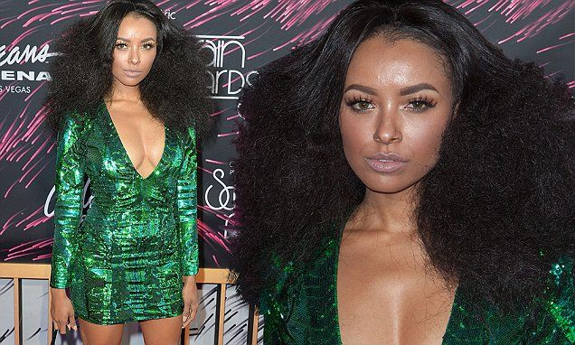 Kat Graham goes for the plunge at the Soul Train Music Awards