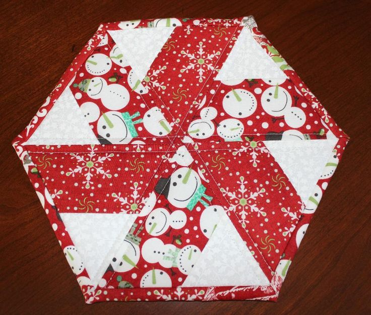 christmas table runners | Christmas Peppermint Table Runner by WasaN... | Quilting Ideas
