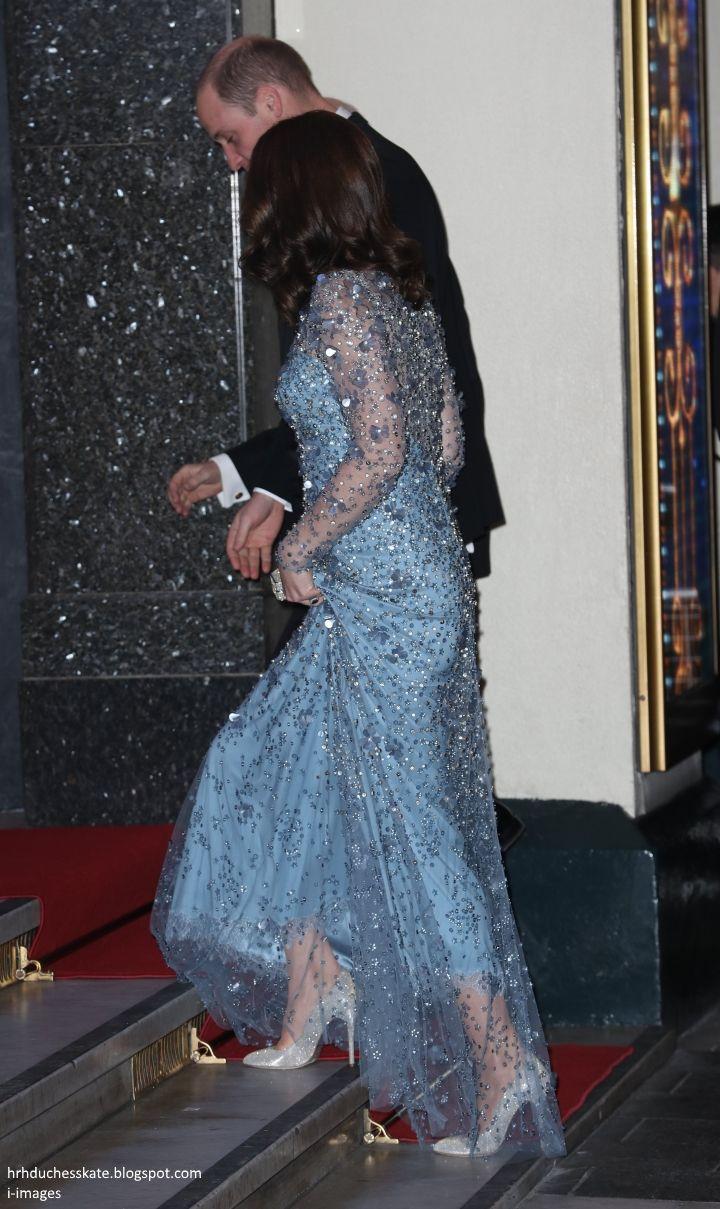 hrhduchesskate: Royal Variety Performance, Palladium, November 24, 2017-The Duke and Duchess of Cambridge