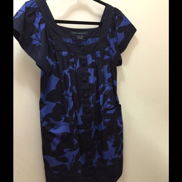 French Connection short sleeve floral dress Short sleeve blue & black floral dress with front pockets. Cotton. French Connection Dresses
