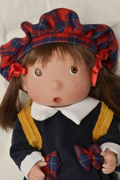 Tilina - Skotská školačka od firmy Lamagik ze Španělska
