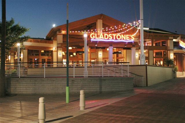 Gladstones Restaurant Long Beach California