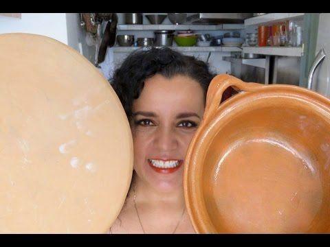 cómo CURAR CAZUELAS Y COMAL DE BARRO. - YouTube
