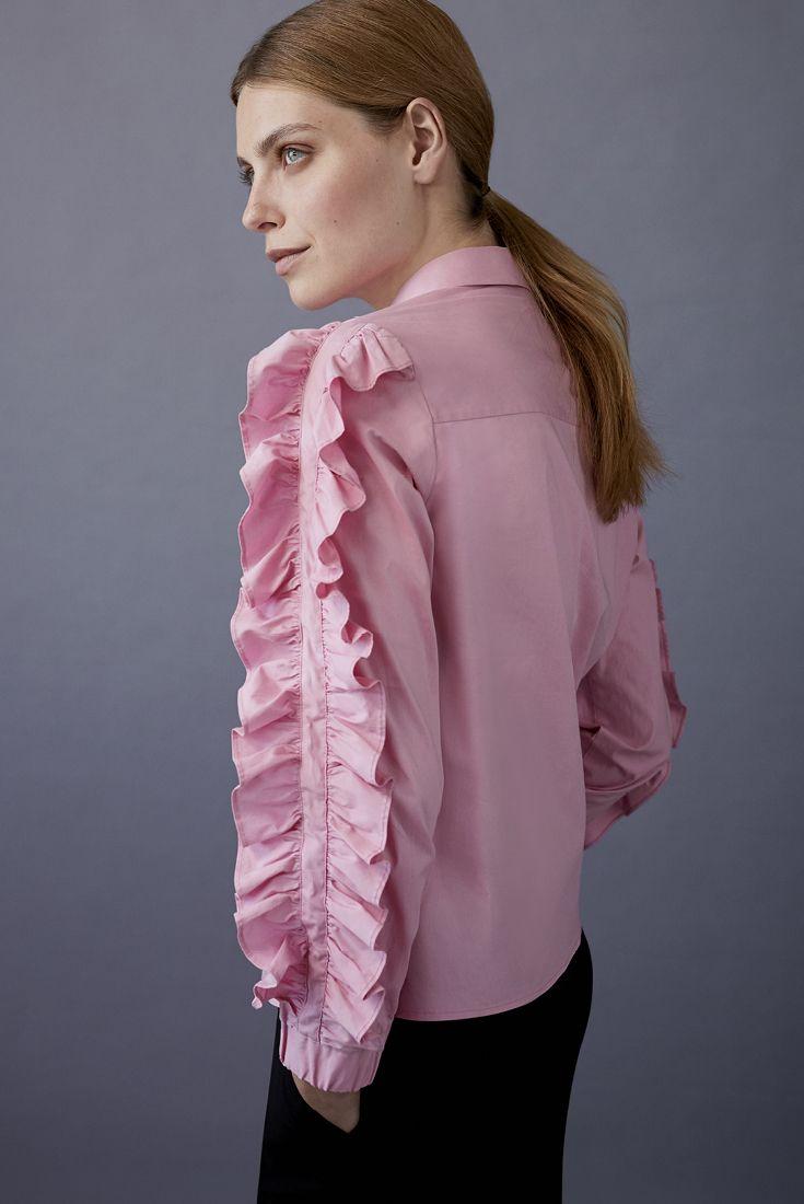 Get Shirty VERO MODA Rosalin Blouse. Read more on our favourite blouses this fall from stockmann.com/inspiroidu #stockmann #inspiroidu