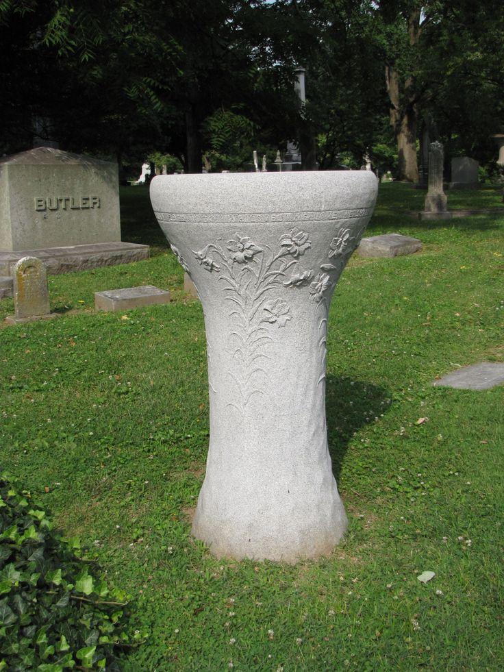 10 best Unique Grave Markers images on Pinterest | Grave markers ...