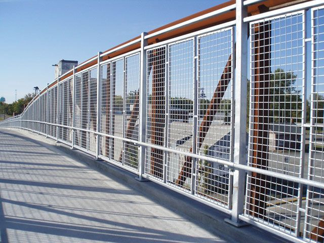 Image Result For Pedestrian Bridge Rail Installation Pedestrian Bridge Railing Design Steel