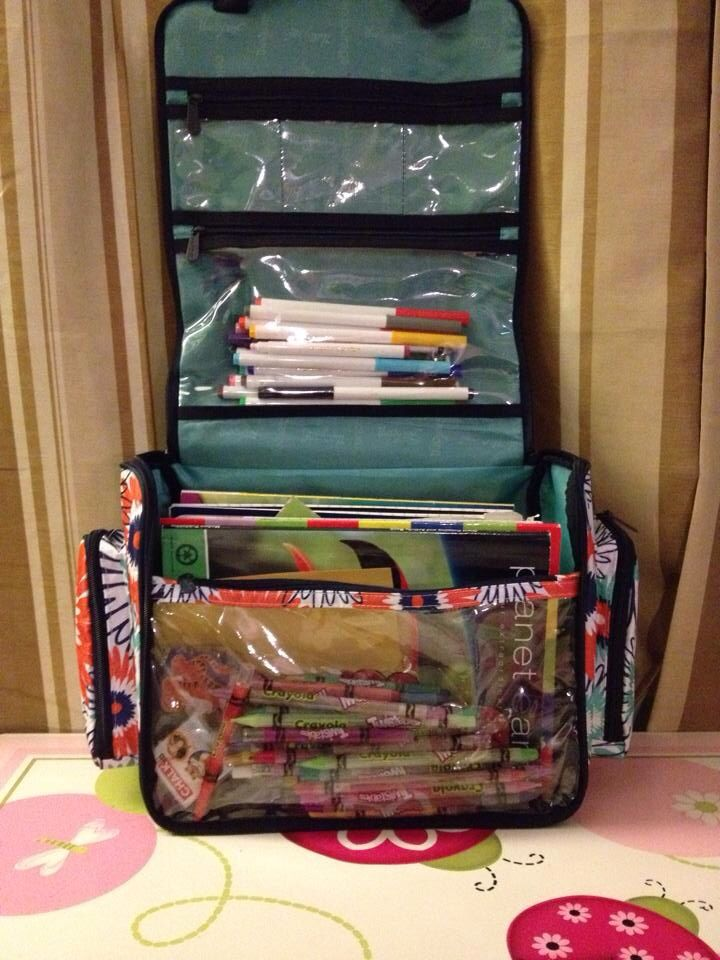 Thirty-One Deluxe Beauty Bag ... Great for storing coloring books and markers. :) (Hostess Exclusive)