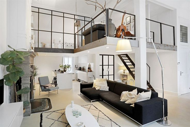 Black and white loft in Amsterdam