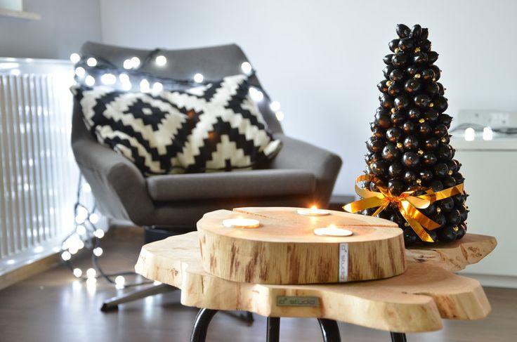 Świąteczna choinka - dekoracja naturalna - czarna  w D2 Studio - Drewno dla Twojego domu na DaWanda.com