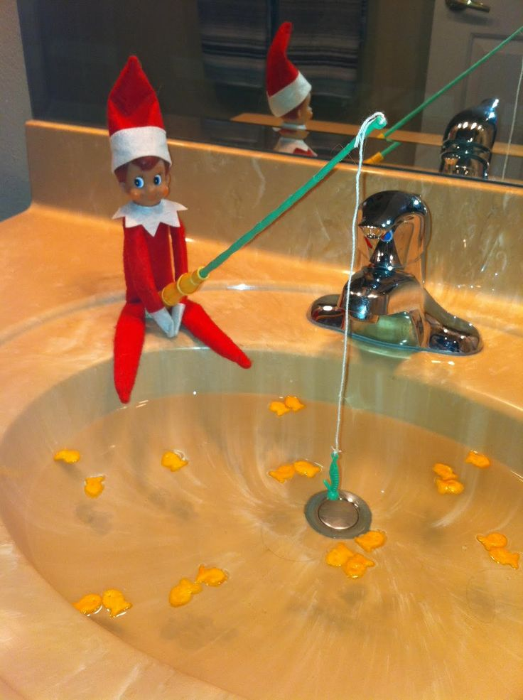 Yep...Jingles our Elf will definitely be fishing in the bathroom sink this year. Such a cute idea!