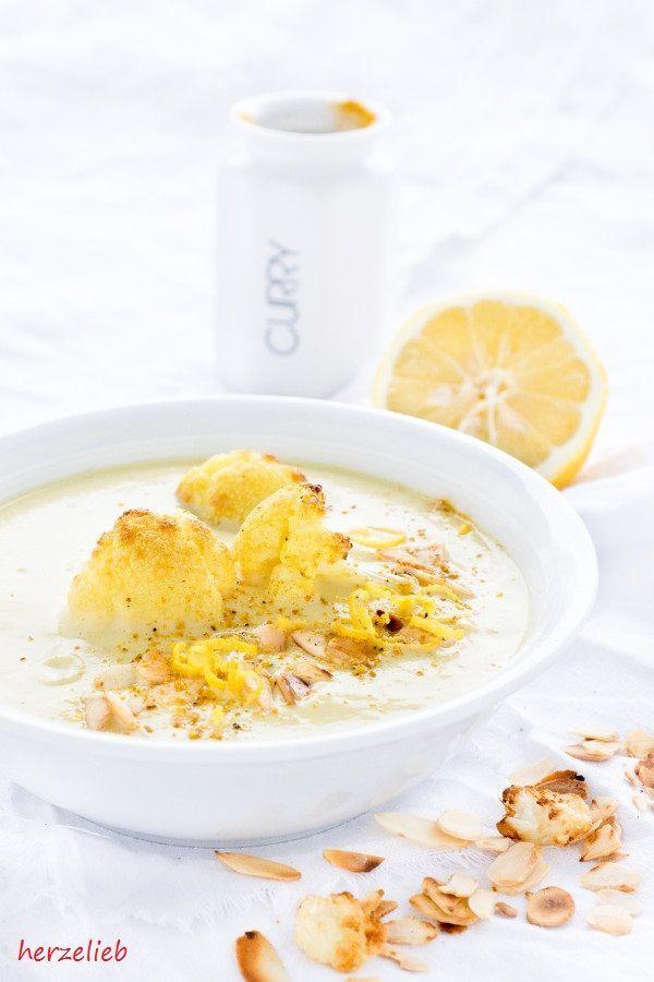 Blumenkohlsuppe mit Curry und Joghurt von  herzelieb.  Blumenkohl, Curry, einfach, Joghurt, Kartoffel, Knoblauch, leicht, lowcarb, Rezept, Suppe, vegetarisch, Suppen, Soup
