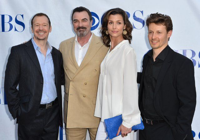 Tom Selleck, Bridget Moynahan, Donnie Wahlberg and Will Estes at event of Blue Bloods