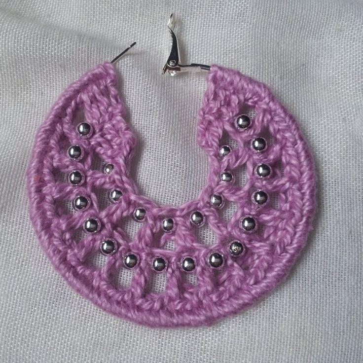Brinco de croche com bolinhas passo à passo / Crochet earrings hoops wit...