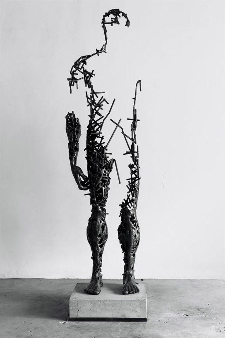 1000 ideen zu moderne skulptur auf pinterest holzskulptur abstrakte skulptur und moderne kunst. Black Bedroom Furniture Sets. Home Design Ideas