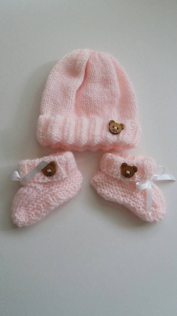 Baby preemie knitted hat and booties in pink by redrosehandmade on Etsy