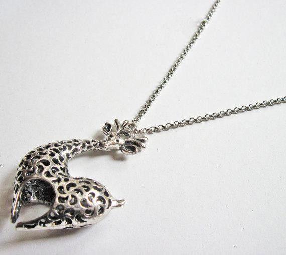 Collana giraffa, pendente animale di RobertaValle su DaWanda.com