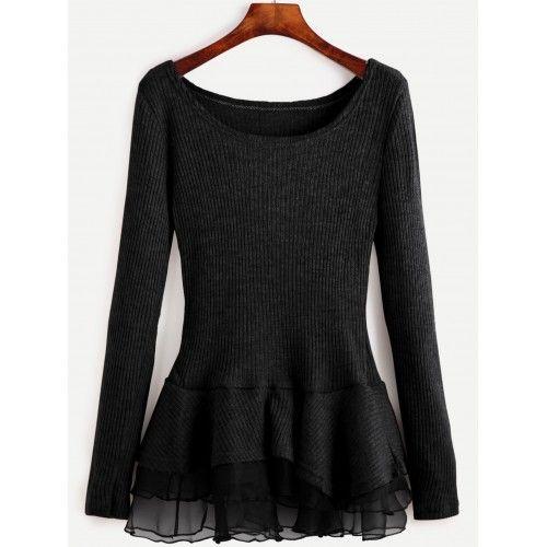Suéter negro con detalle de olanes