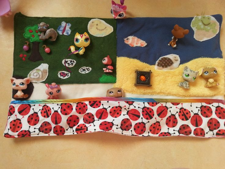 Terrain de jeux nomade pour filles et autres jolies créations : Jeux, jouets par sewing-tessie
