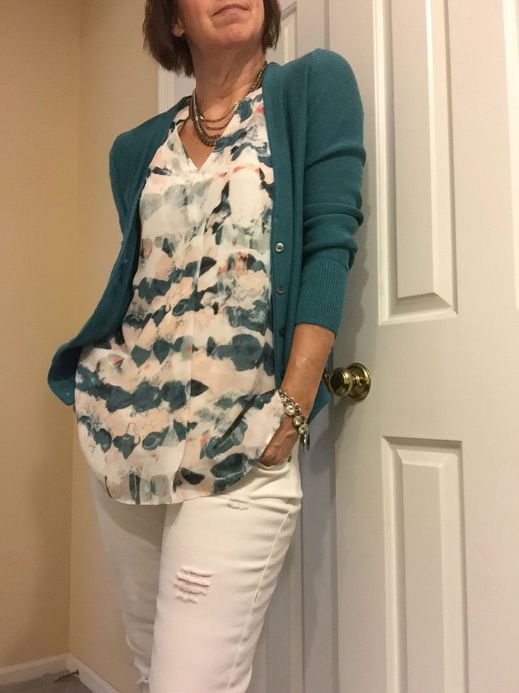 Oh so pretty Gelato top and vintage white destructed boyfriends paired with last fall's tearoom cardigan (minus the fur collar)