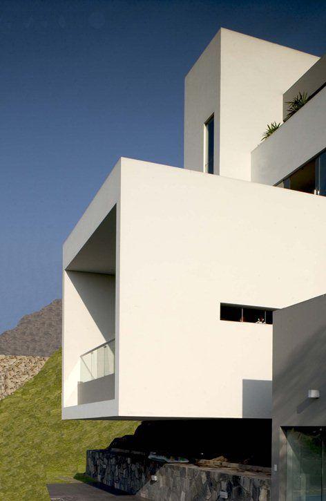 House In Las Casuarinas, Lima, 2002   Artadi Arquitectos, Javier Artadi