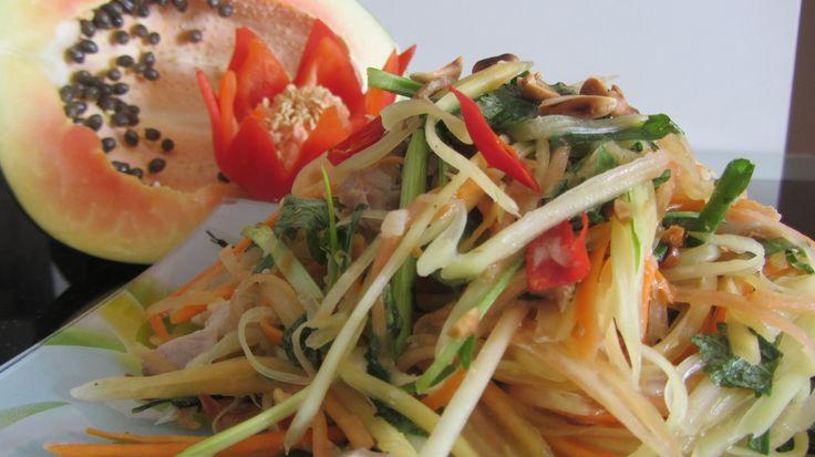 Салат из зеленой папайи Сом Там Тайская кухня Green Papaya Salad clip Cách làm gỏi đu đủ - YouTube