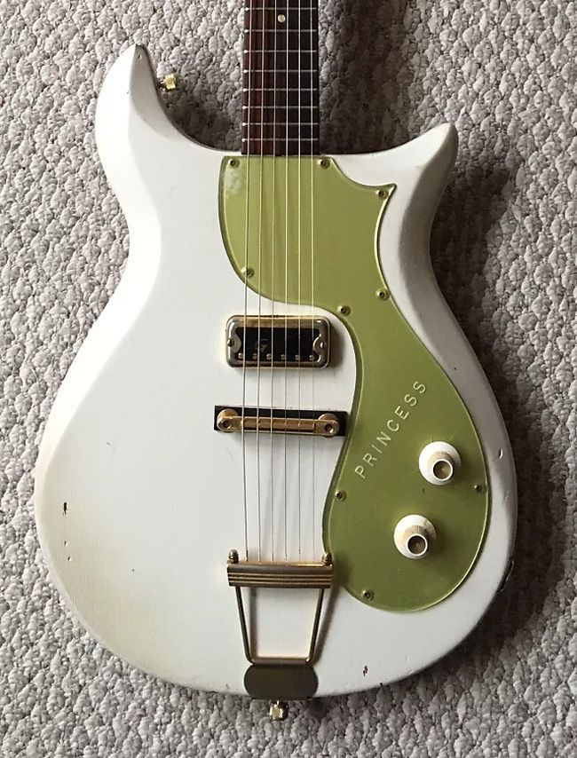 Gretsch 6106 White Princess Corvette (1962) | The 10 Rarest Gretsch Guitars on Reverb Right Now | Reverb News #GretschGuitars #vintageguitars