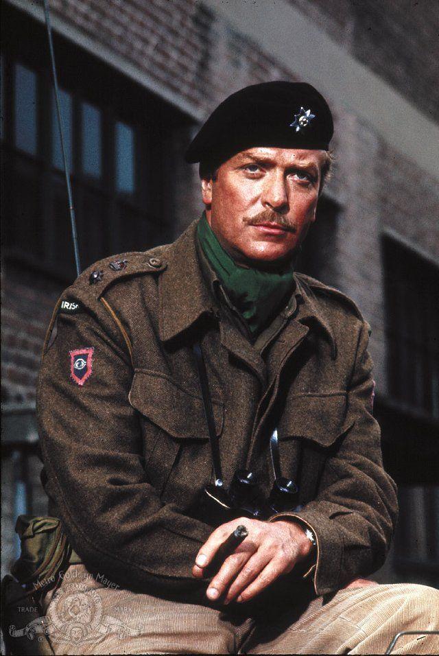 Michael Caine as J.O.E. Vandeleur, A Bridge Too Far. | Classic War ...