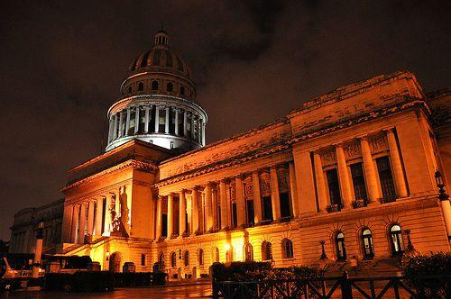 """La habana """"Capitol night"""" vía @qsrafael"""