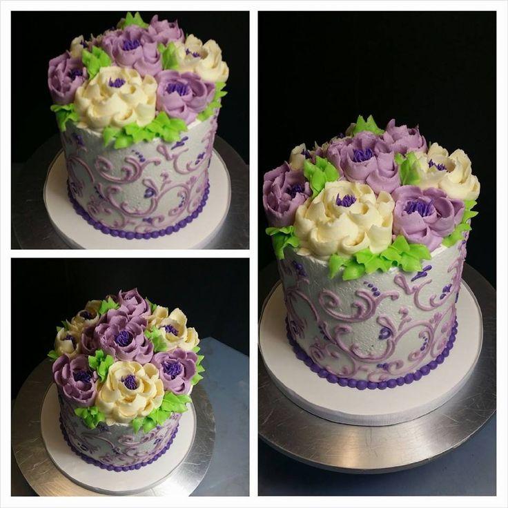 Classic Buttercream Floral Cake – Blue Sheep Bake Shop
