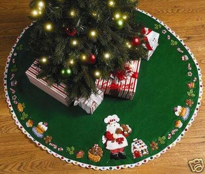 "Bucilla Santa's Sweet Shop ~ 43"" Felt Christmas Tree Skirt Kit #86188 Table Top"