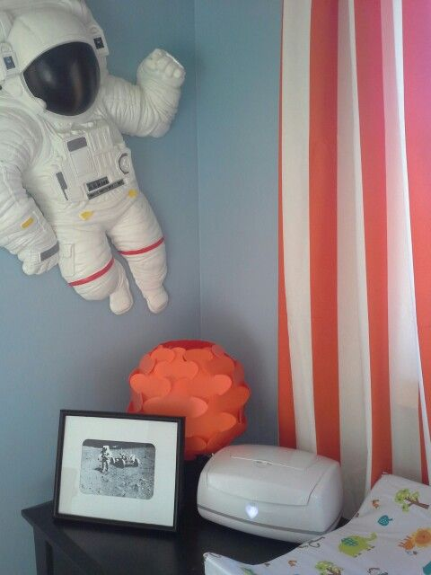 Astronaut and Space Nursery - Pics about space