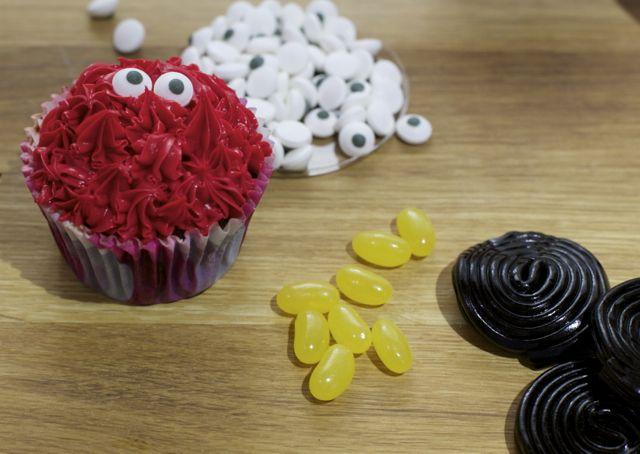 Cupcakes de Elmo para cumpleaños | Blog de BabyCenter #fiestadecumpleaños