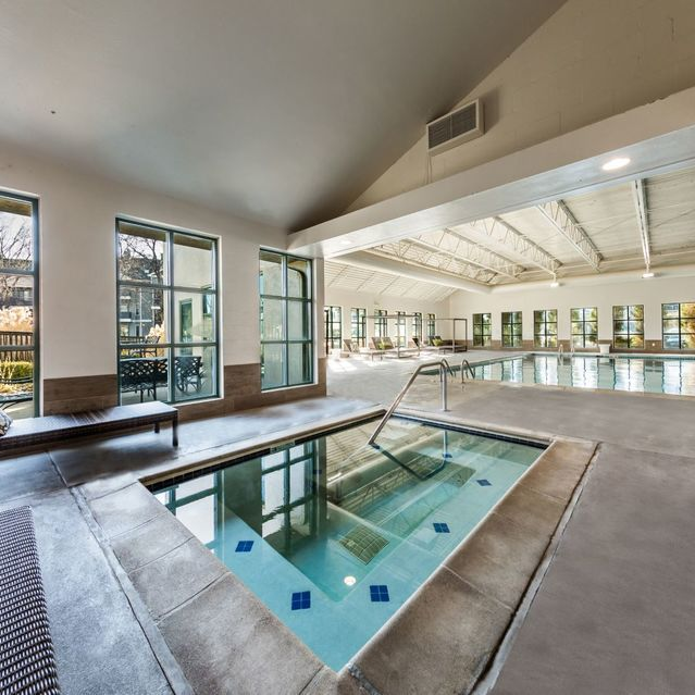 Apartments In Lakewood Co Ashford Belmar Cws Apartment Homes Apartment Pool Cool Pools House Styles