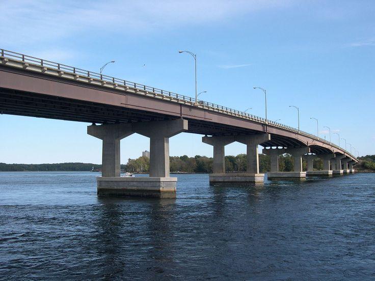 Liitle Bay Bridge , New Hampshire