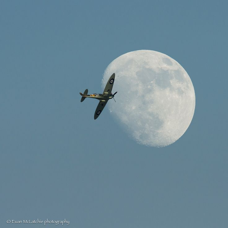 27. Spitfire and the Moon by Euan McLatchie on 500px