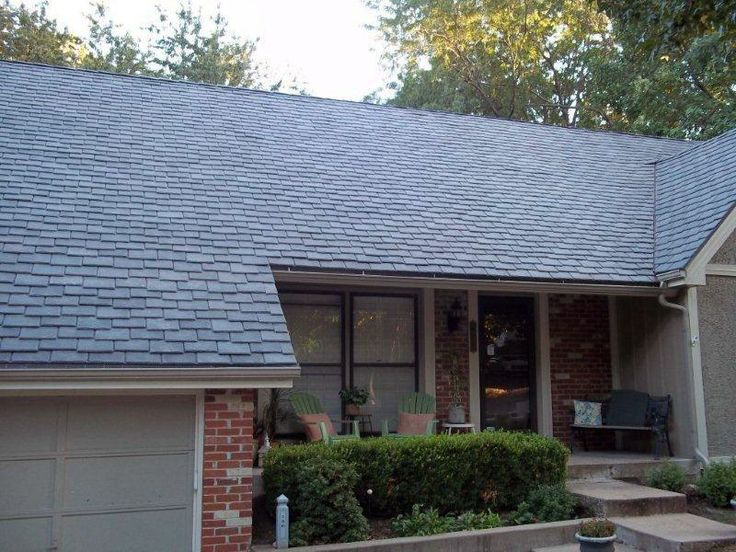 DaVinci Roofscapes: Single-Width Synthetic Slate Roof Tiles (Gray, Staggered)