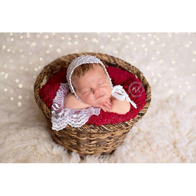 North georgia newborn photographer kaptured by karly atlanta georgia newborn photographer christmas baby